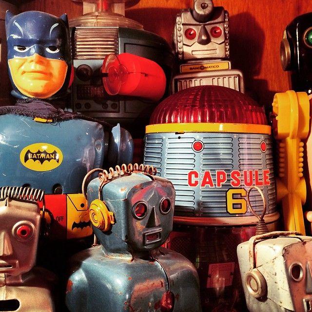 Museo del Juguete Antiguo México — NOCHE ESPACIAL #Robots #MadeinJapan #Masudaya...