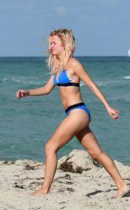 Zara Larsson #ZaraLarsson in a Bikini at a Beach in Miami 12/01/2017 - celebstills