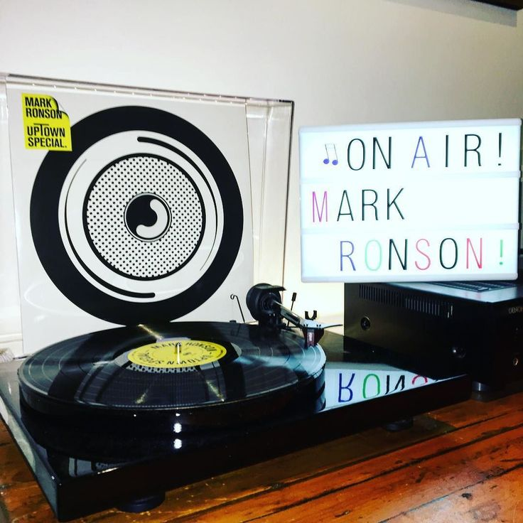 Mark Ronson - UpTown Special  #vinyls #vinylporn  #vinyladdict #vinyloftheday #genre #music #toptags #genre #song #songs #melody #rnb #pop #love #instagood #beat #jam #party #partymusic #newsong #lovethissong #favoritesong #bestsong #photooftheday #bumpin #repeat #listentothis #goodmusic #instamusic