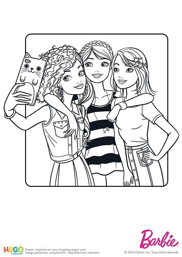 Coloriage Et Illustration Barbie Fashionistas Le Selfie Un Portable Trois Amies Et Hop Une Petite Photo Envoye Colorir Barbie Desenhos Para Colorir Colorir