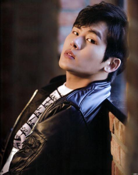 Znalezione obrazy dla zapytania Hoya kpop