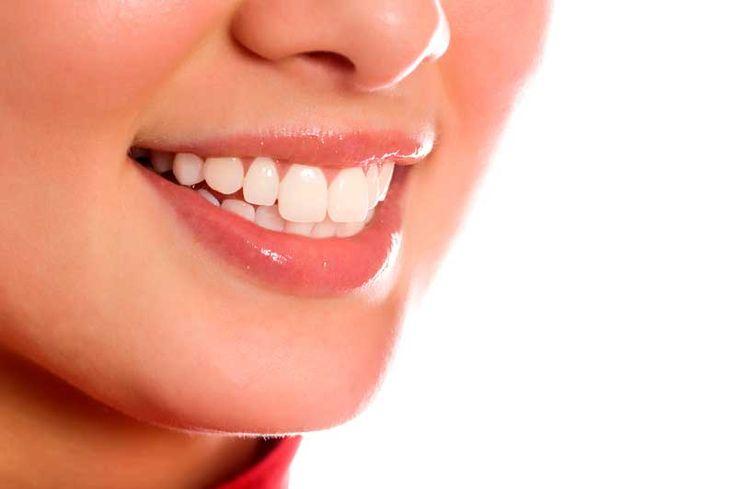 Nejjednodužší způsob jak mít krásné a zdravé zuby je jíst zdravé…