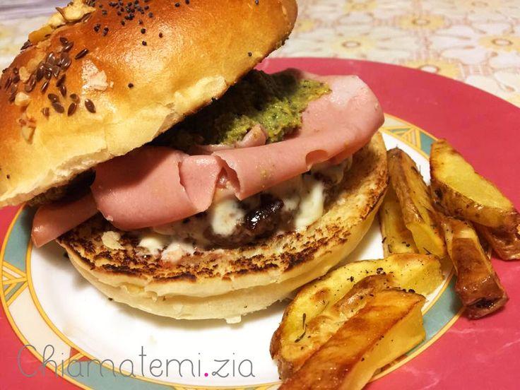 Hamburger mortadella e pistacchi