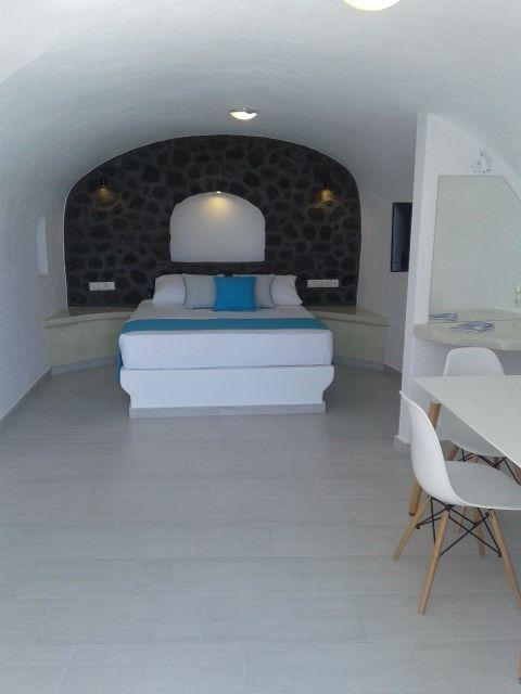 sea private suite asma santorini