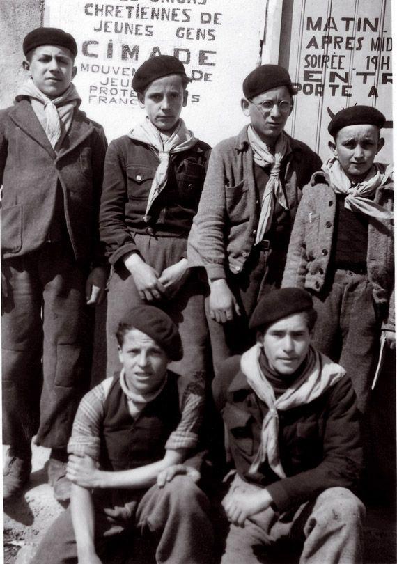 Camp-Joffre-a-Rivesaltes Troupe d'éclaireurs juifs créée dans le camp de Rvesaltes, 1941-1942