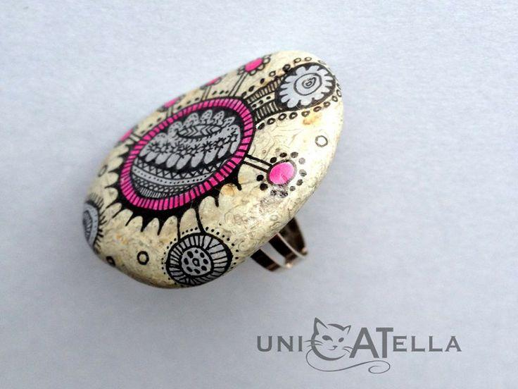 Anita Bujakowska Unicatella  Kamienny pierścień ręcznie malowany www.polandhandmade.pl #polandhandmade #paintedstone #pierscien