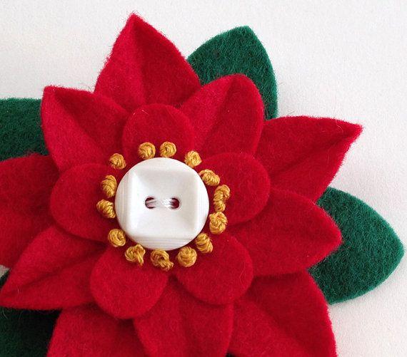 Weihnachts Filz Flower Pin  roter von dorothydesigns auf Etsy