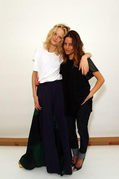 Kym+Ellery+Hanne+Gaby+Best+MBFWA+Day+2+9uV-7OLJVYXl.jpg 396×594 pixels