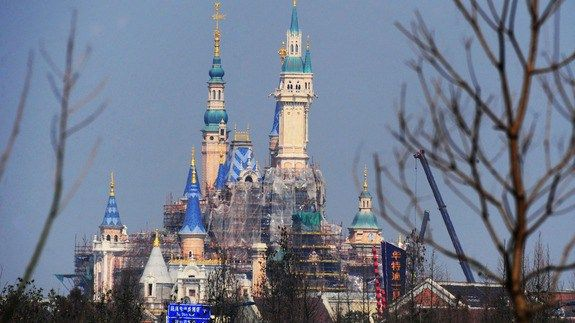 Shanghai Disneyland opening tickets sell out within hours -    If you're looking for tickets to Shanghai Disneyland's opening day on Jun. 16, you're probably out of luck. Tickets were sold out within hours of going on sale at midnight on Monday, Bloomberg reportedMonday.    A girl buys tickets of the Shanghai Disney Resort on... http://tvseriesfullepisodes.com/index.php/2016/03/28/shanghai-disneyland-opening-tickets-sell-out-within-hours/