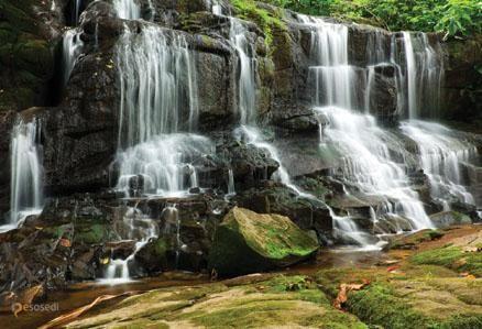 Водопад Маэ – #Сейшельские_острова (#SC) Сейшелы - чудесное место для отдыха! Если надоест времяпрепровождение на пляже, отправляйтесь в джунгли и обязательно посетите водопад острова Маэ. http://ru.esosedi.org/SC/places/1000127862/vodopad_maye/