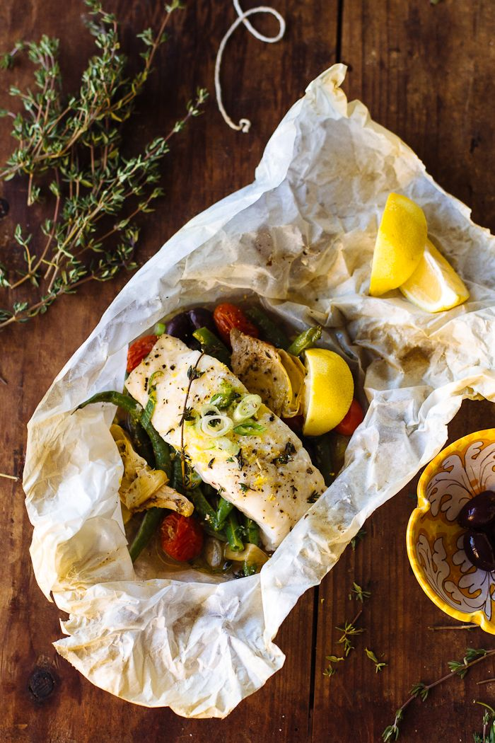 Baked Fish In Parchment Theclevercarrot Dinner Recipes Simple Meals Pinterest Baked Cod
