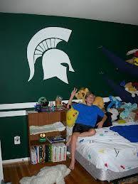 Spartan- Michigan State bedroom idea
