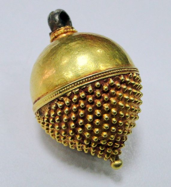 vintage antique 22 ct gold pendant bead tribal by TRIBALEXPORT, $575.00