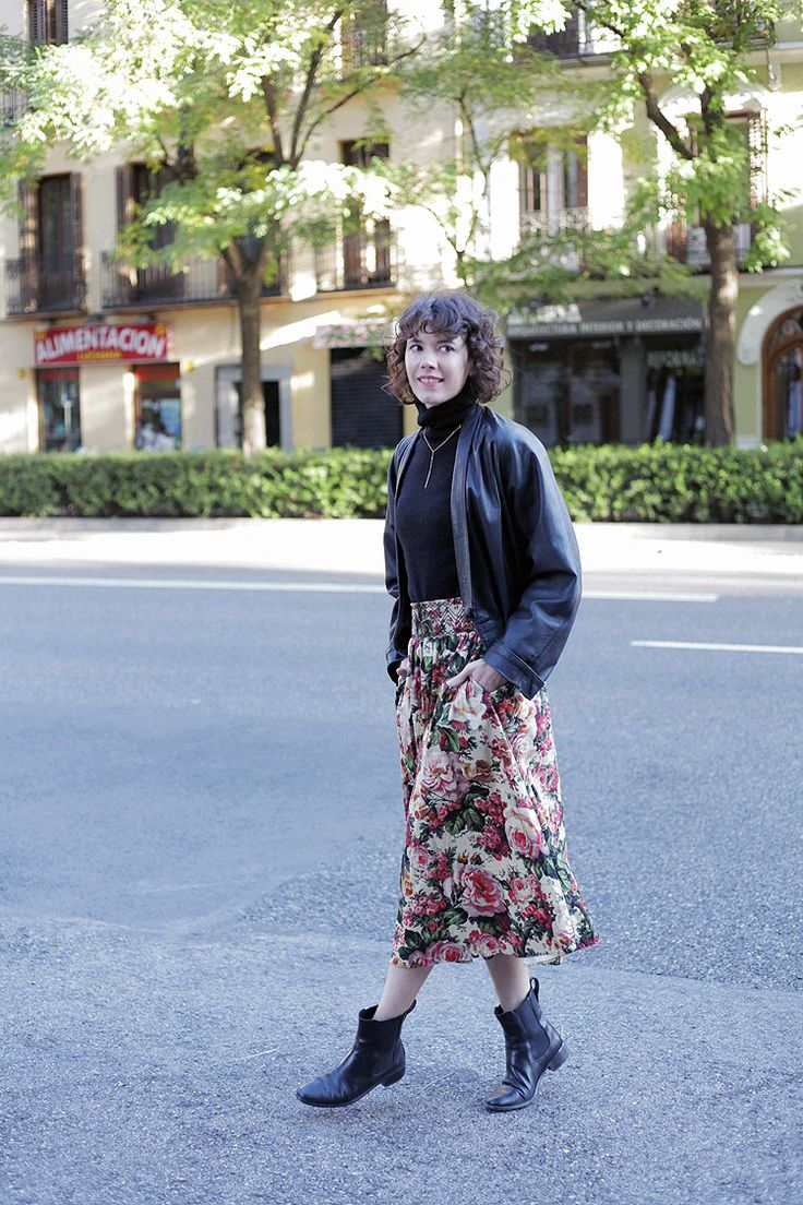 Look of the day: Flowers skirt! LOOKS, WORKING LOOKS - Checosa