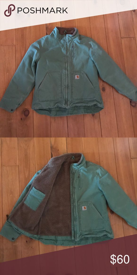 Women's Carhartt  winter coat. Size L in excellent condition Carhartt Jackets & Coats