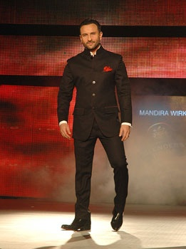 Saif made a style statement in a designer Black bandhgala. UNI PHOTO Saif Ali Khan alights the ramp
