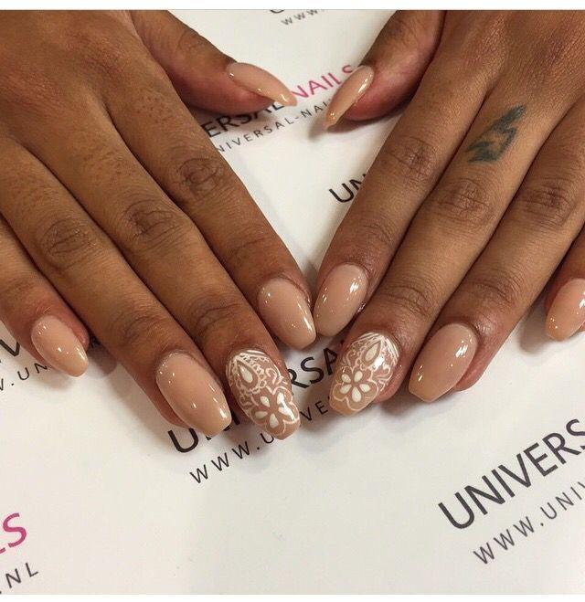 Mooie bruine nagels