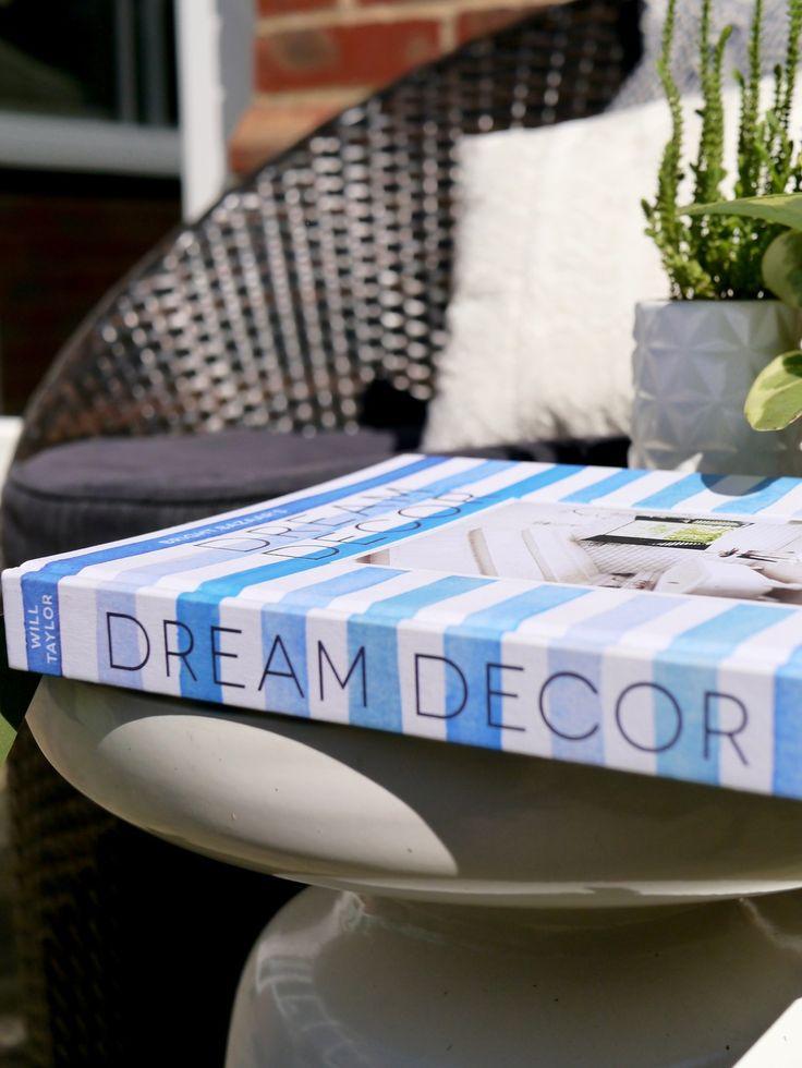 Book By My Bed: Dream Decor. Interior Design ...