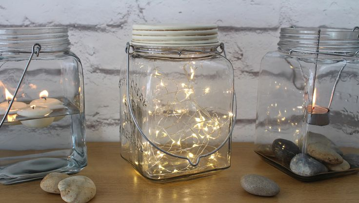 Use the supplied LED string light to give the effect of a 'cosmos of stars' or a 'swarm of fireflies' trapped in the Cosmic Jar