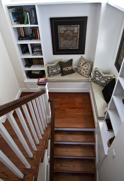I have this weird thing for stair cases..i love them
