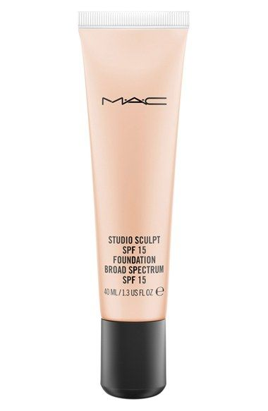 M·A·C 'Studio Sculpt' SPF 15 Foundation