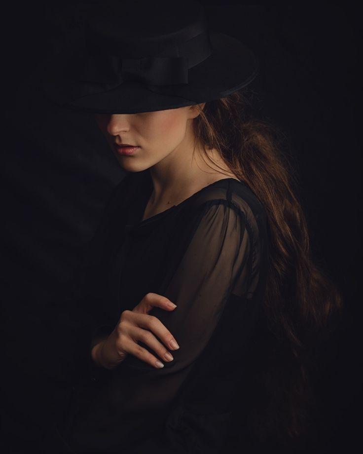 Shy - Model: Izabela Jj