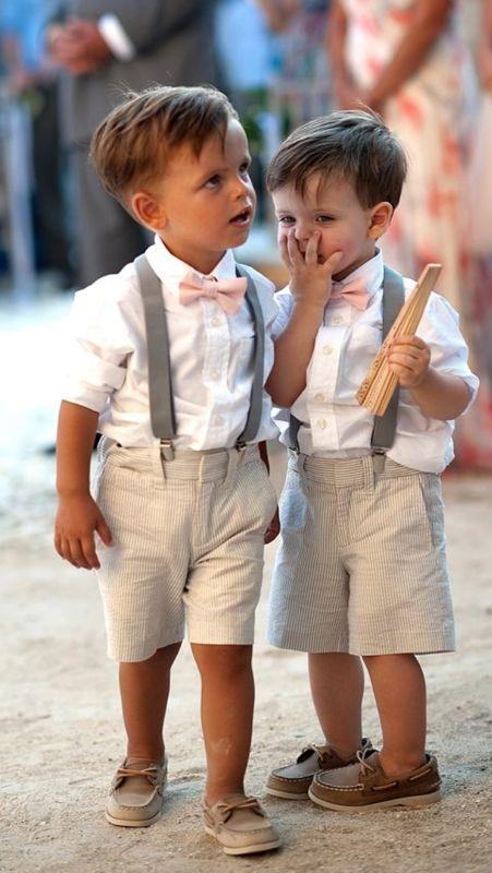 Niños cortejo