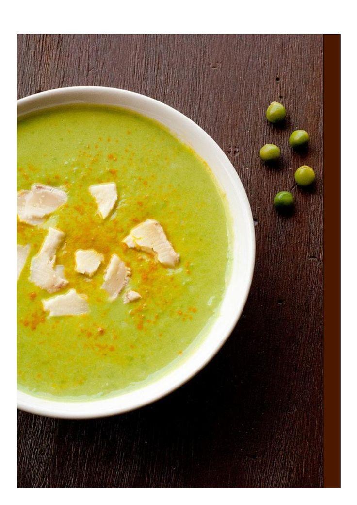 """Ricetta """"Simply"""": zuppa di piselli e stracchino Antichi Sapori alla curcuma"""