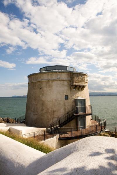 Martello Tower Sutton - QuirkyAccom website quirkyaccom.com
