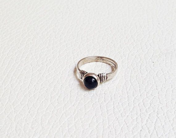Vintage Onyx Ring ,   Onix Silver Ring, Ring Silver, Silver   925 ring    1970s, Ethnic ring,  Coachella Jewel, Hippie Hippy , jewelry