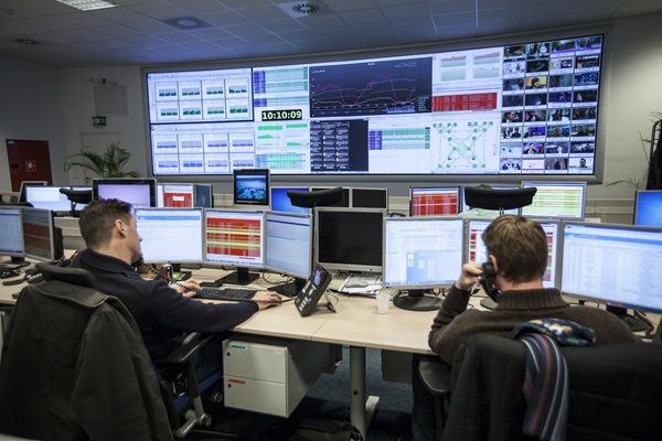 Belgacom Network Operations Center | Barco video wall …
