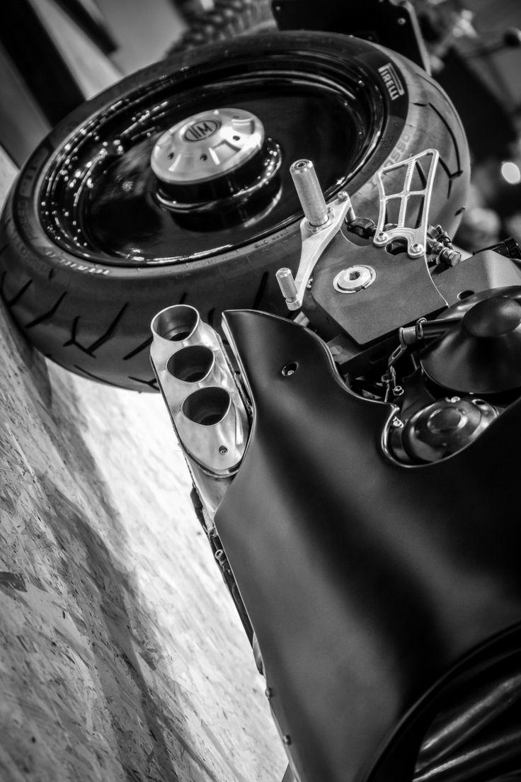 LA NOSTRA MOTOCICLETTA SPECIAL SU TRIUMPH STREETTRIPLE 675 #motorcycle #special #caferacer #triumph #deisgn