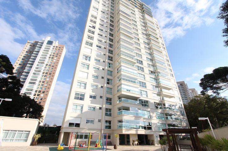 Ref. AP0222- Apartamento 3 quartos no Ecoville em Curitiba - PR. Excelente imóvel com 266 m² e garagem para 04 carros.    Possui sala para 3 ambientes integrada a cozinha Gourmet e varanda.   Valor de Venda: R$ 2.522.358,00 agende sua visita e acesse http://www.otimoveis.com.br/imovel-detalhes.aspx?ref=ap0222