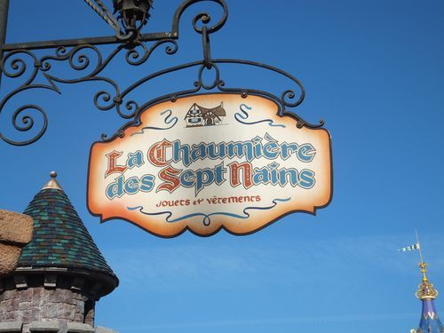 I loved the French signs at Disneyland Paris!