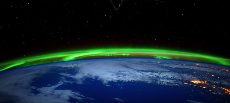 Northern Lights could be restricted to the poles in 30 years, says a new scientific study. Scientists predict a shift in solar activity that will also periodically affect electronic devices.