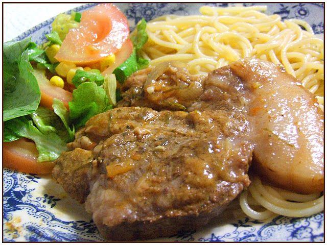 Chocolate Morno: Costeleta de Porco com Esparguete