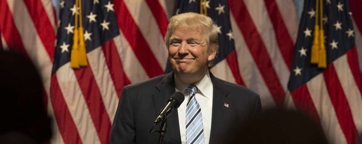 De veelbesproken muur tussen Mexico en de Verenigde Staten, een idee van Donald Trump, moet zonne-energie gaan opwekken. Dat stelde Amerikaanse president Donald Trump tijdens een rally in Iowa.