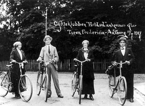 https://flic.kr/p/6DuerN | Join the Club? | The bicycle-club after a tour Fredericia-Aalborg (approx. 200 km) july 1917 (Source: Aalborg Stadsarkiv)
