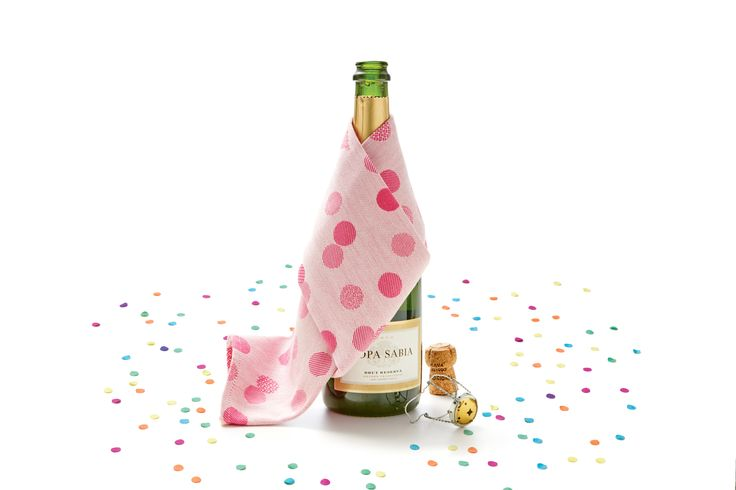 Een mooie fles voor elke gelegenheid. #Cava #feest #HEMA90