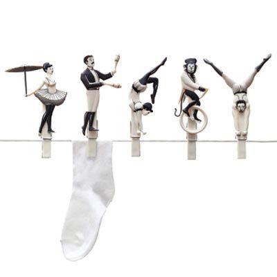 Pegzini Family / サーカスの綱渡りしてる洗濯バサミ | Sumally (サマリー)