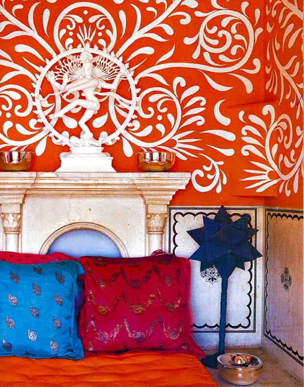 No post on India-inspired colorful interiors is complete without mentioning Liza Bruce's iconic home in India, above image, which was featured in Elle Décor and photographed by Simon Upton. A bewitching riot of colors come together in this small slice of the residence. Here, the focus is on the striking allover pattern in white that pops gorgeously against the orange-tangerine. via India Inspired Interiors