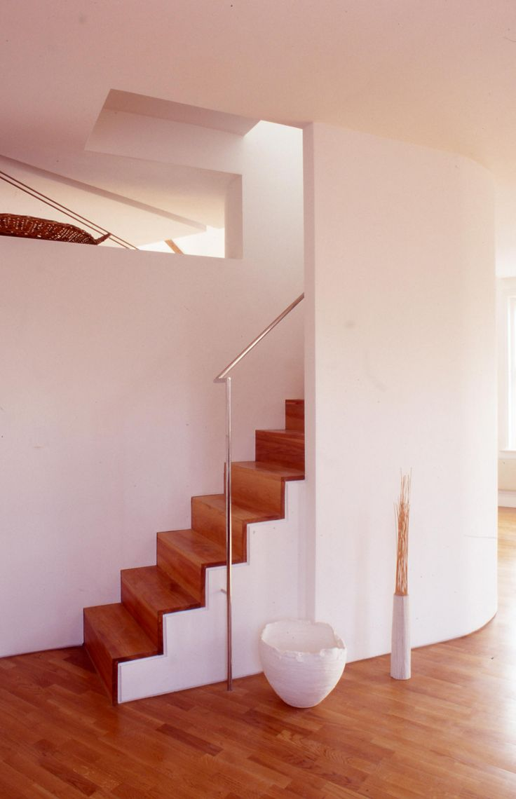stainless steel handrail timber steps Charles Barclay Architects http://cbarchitects.co.uk