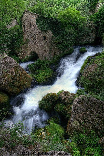 waterfalls of france   ... du Moulin de la Foux - Saint Maurice de Navacelle - Hérault - France http://abnb.me/e/1Bw4yfnlSC