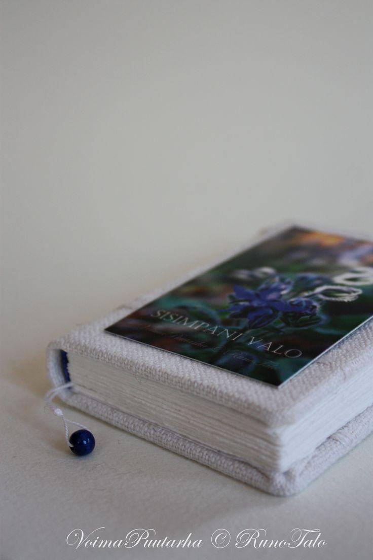 Sisimpäni valo, kurkkuyrtti: pieni muistikirja ♥ Kirjoita omat voimarunosi ja voimalauseesi ♥