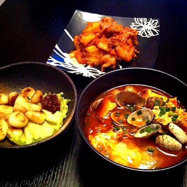 韓国料理で乾杯♡ - 7件のもぐもぐ - スンドゥブ&豚キムチ&にんにくの素揚げ by saorikitchen