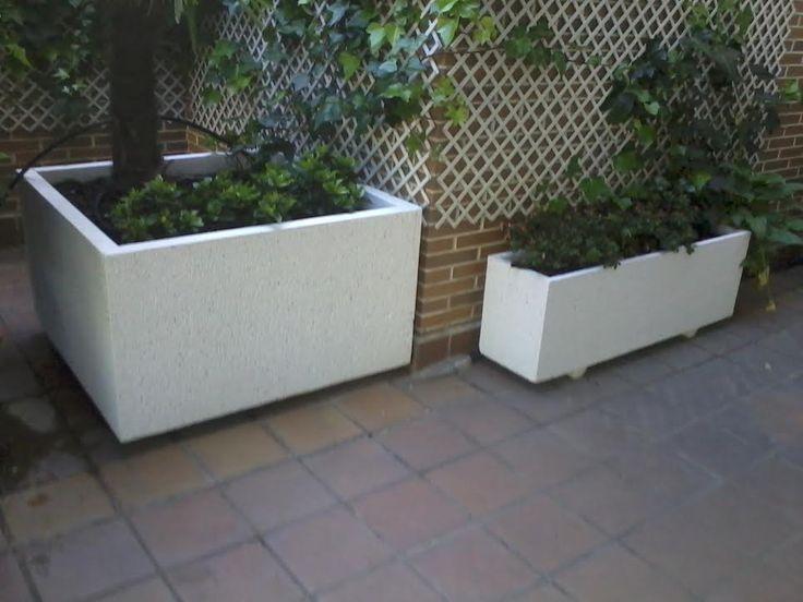 Aprovechar una terraza para plantar un árbol #jardineras #maceteros http://www.jardineraslosada.net