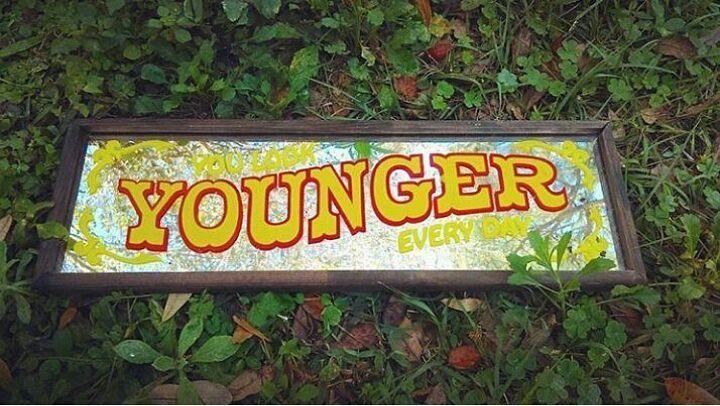 "Good morning! ""You look younger everyday""! Vintage handpainted sign ✨SOLD✨ . #nostalgicfindsfl #vintage #vintagesign #vintagesigns #handmade #handmadeart #handlettering #vintageart #vintagemirror #calligraphy #lettering #letters #sign #signs #quotes #sayings #circus #barsign #nursery #nurserydecor #vintagekids #vintageitems #vintagefinds #etsy #etsyvintage #etsyshop #carnival #photoprop #movieprop #photooftheday"