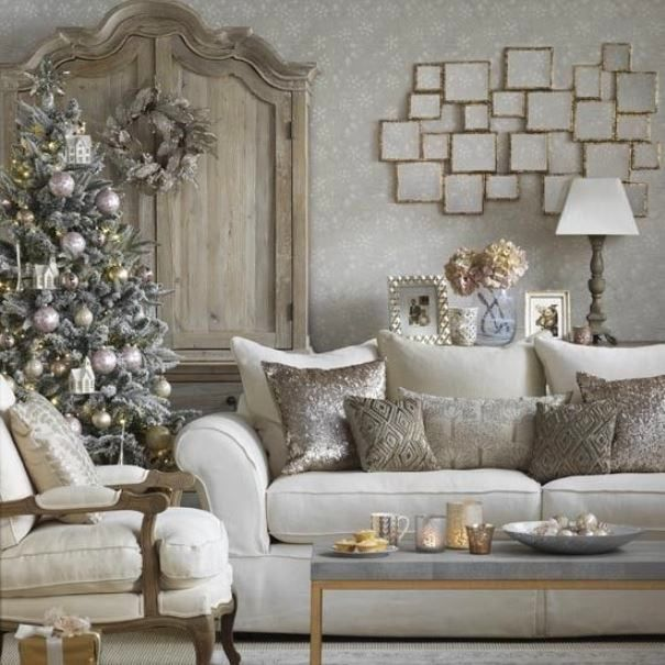 Metallics Living Room Christmas Decorating