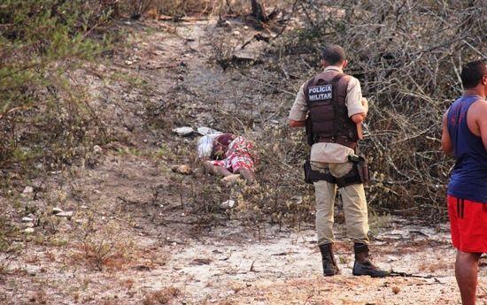 #LEIAMAIS  WWW.OBSERVADORINDEPENDENTE.COM VALENTE/SANTA LUZ:  Homem é assassinado às margens da BA 120