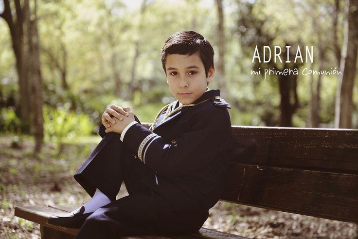 Aquí os dejo con algunas de las fotos de comuniónen exteriores de Adrian. La comunión para los niños es un día muy especial y estan deseando que llegue, un día en el que ellos son los protagonistas y están totalmente llenos de ilusión. Ya va quedando menos….Espero que os…